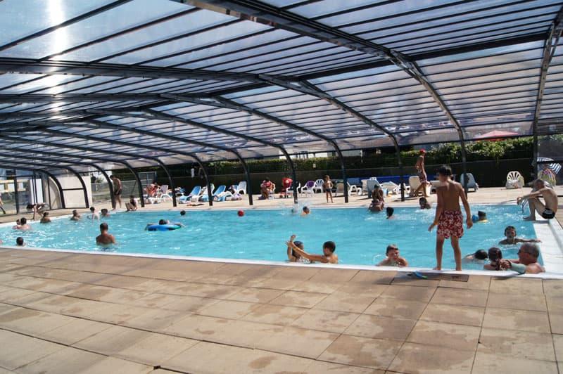 vacances avec piscine couverte chauffee camping-etang-guerande-piscine-couverte-chauffee-3